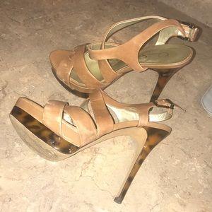 Jessica Simpson 8.5 heels